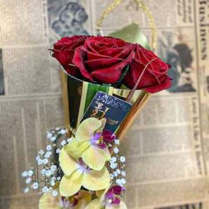 باکس قیفی گل رز قرمز